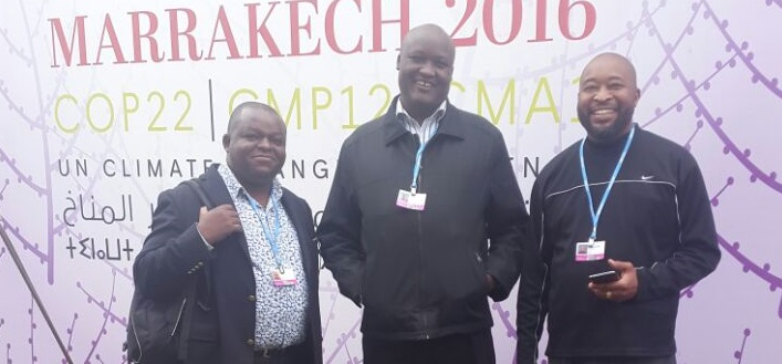 john-kioli-with-kenyan-delegates-in-cop22-access