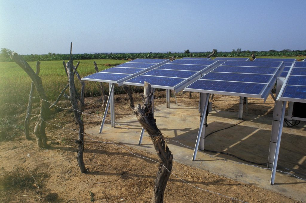 A solar-powered mini-grid in rural Mali. Photo: Curt Carnemark, World Bank.